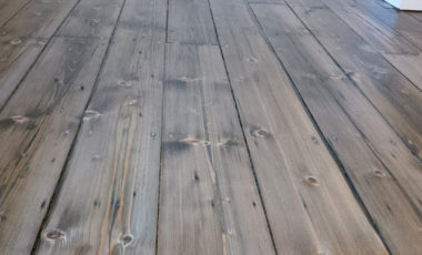 baltic-pine-with-reduced-black-stain